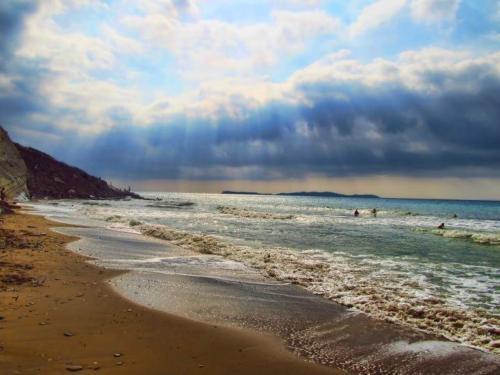 Beaches (29)